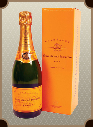 Veuve Clicquot Brut with gift box (Вдова Клико Брют в п/у)